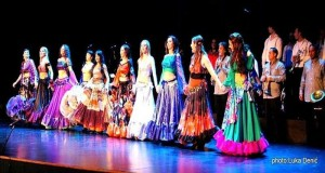 GIPSY SHOW DANCERS